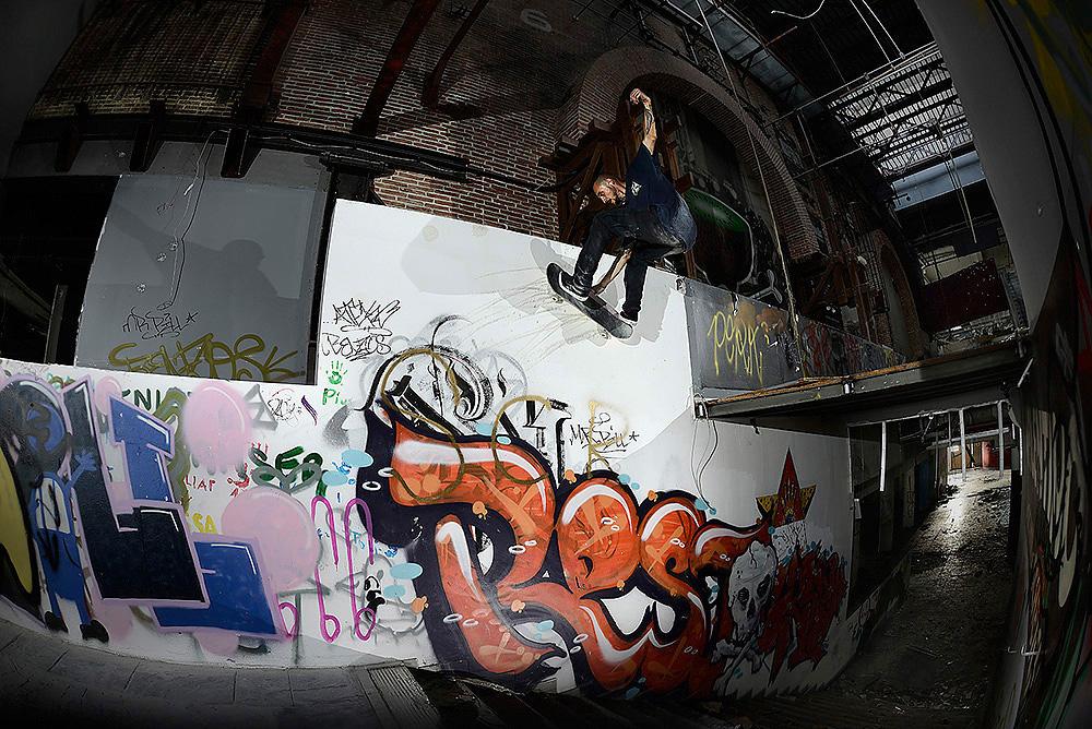 12_skateboarding_kada4